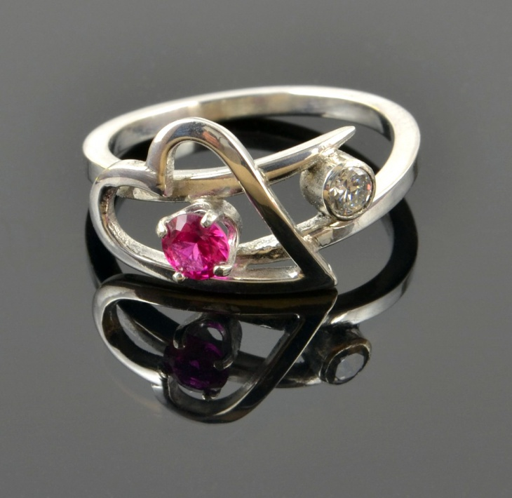 white gold ruby heart ring