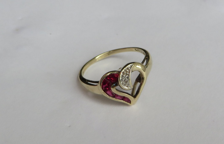 ruby love heart ring