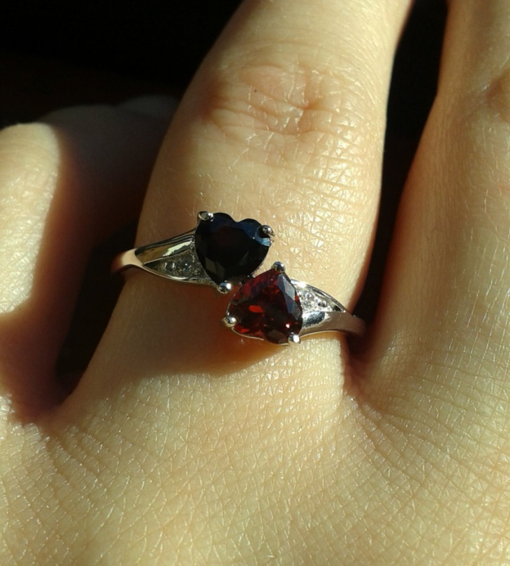 7 heart sterling silver ring