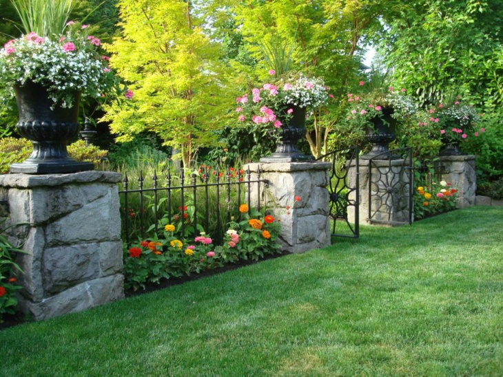 English Garden Iron Fence