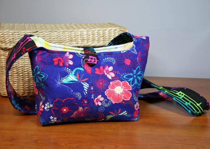 cute crossbody handbag design