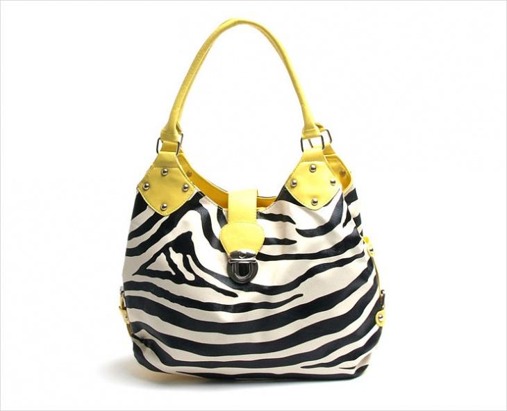 small shoulder handbag