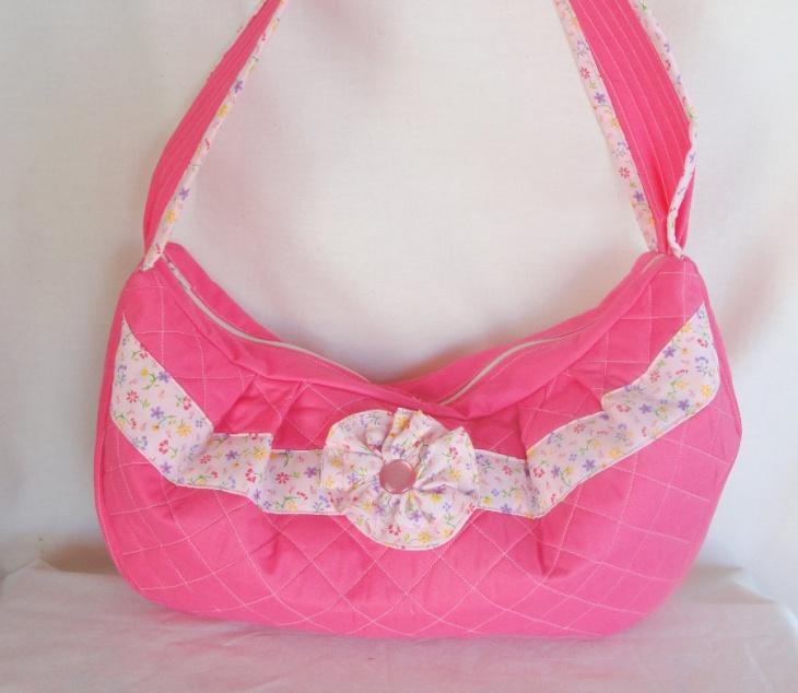 pink quilted handbag design