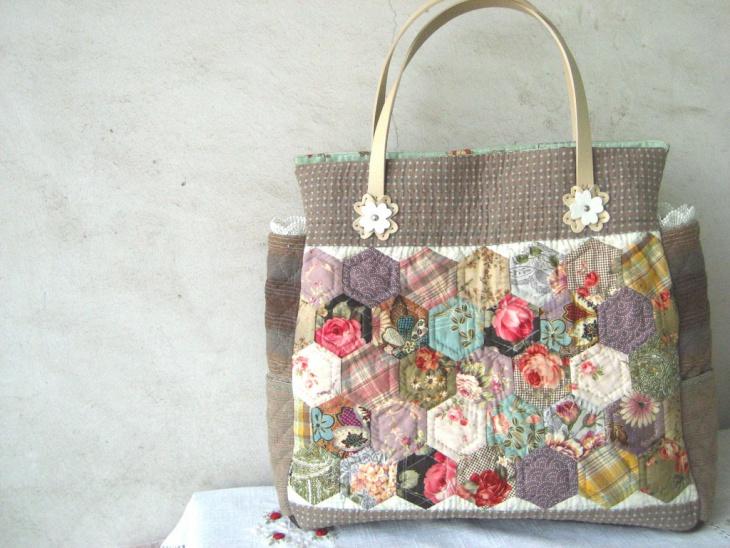 handmade quilted handbag design