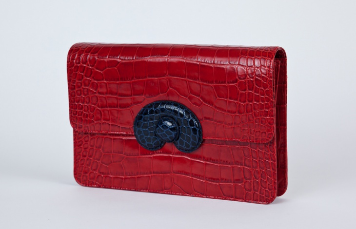 red clutch handbag design
