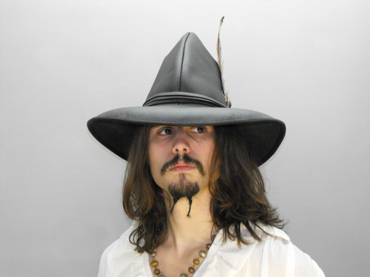 Black Musketeer Hat