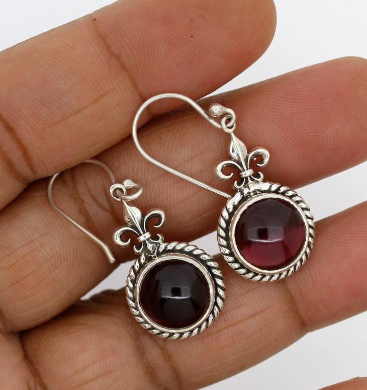 silver sterling garnet earrings