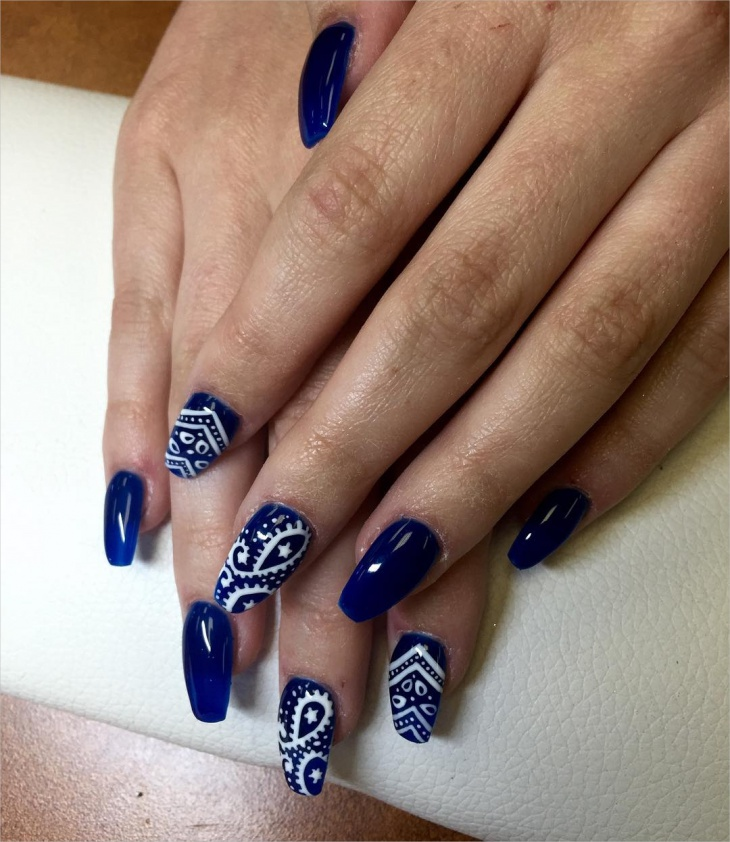 blue bandana nail art