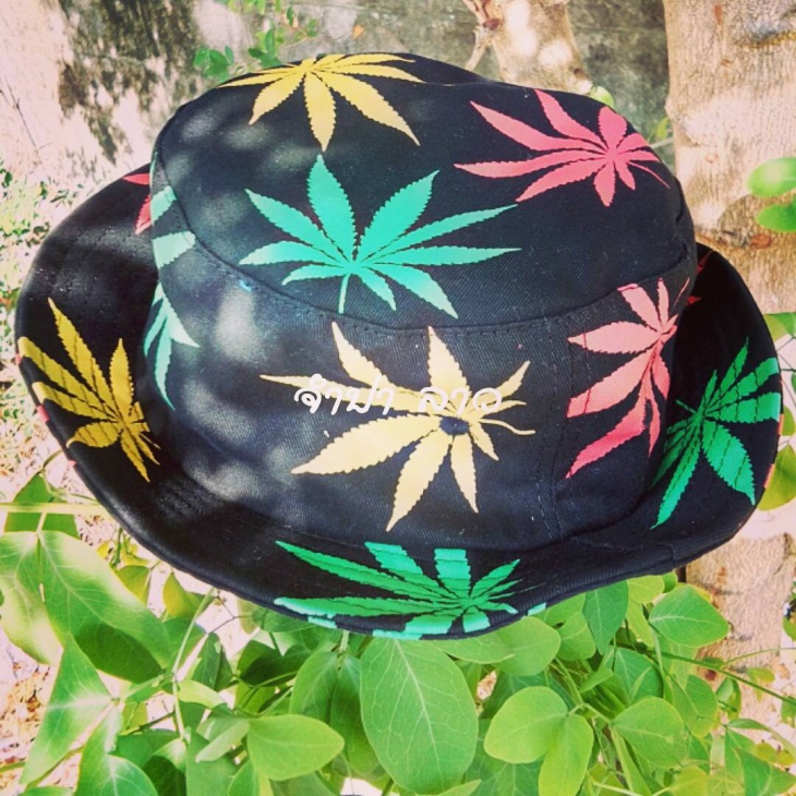 black hippie hat idea