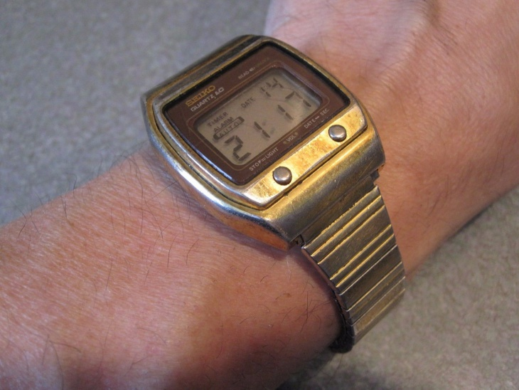 Retro Style Hipster Watch