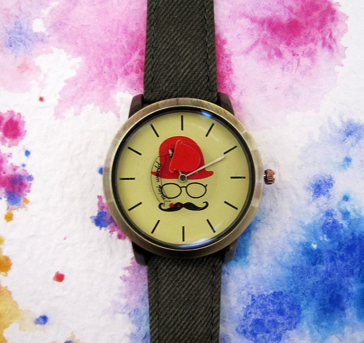 Metal Dial Hipster Watch