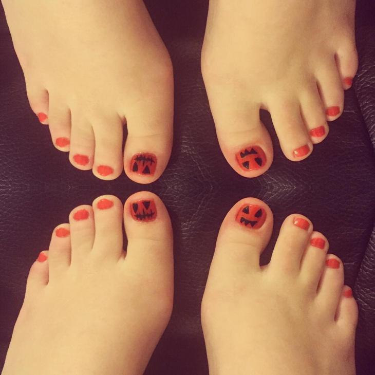 Pumpkin Toe Nail Art