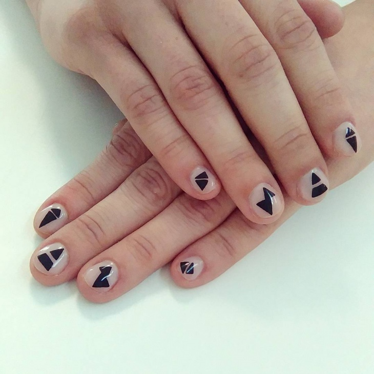 geometric negative space nail art