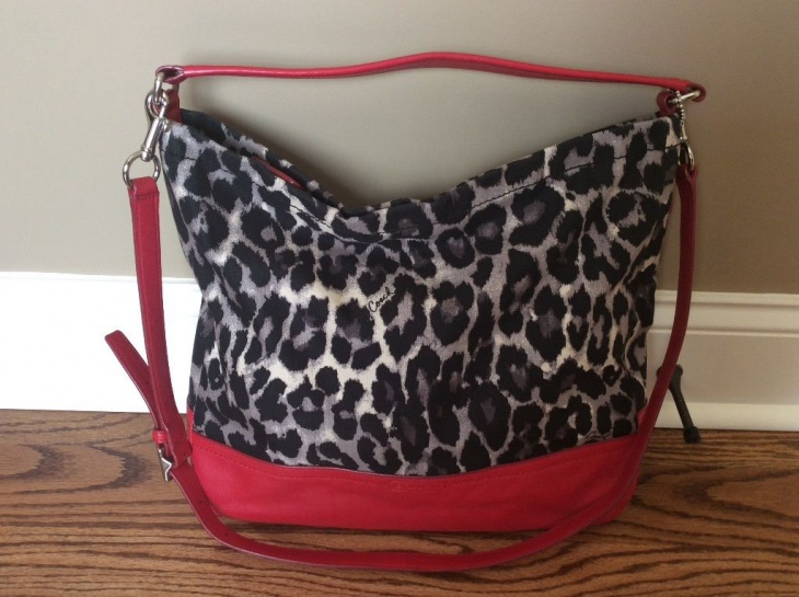trendy animal print handbag