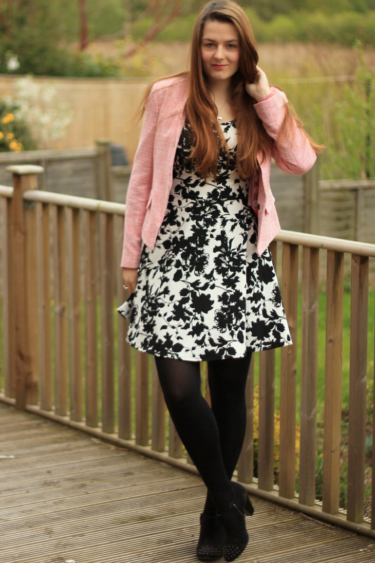 pink cardigan outfit idea