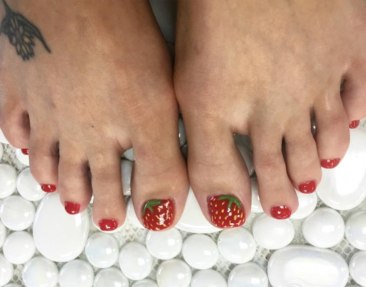 Strawberry Toe Nail Art