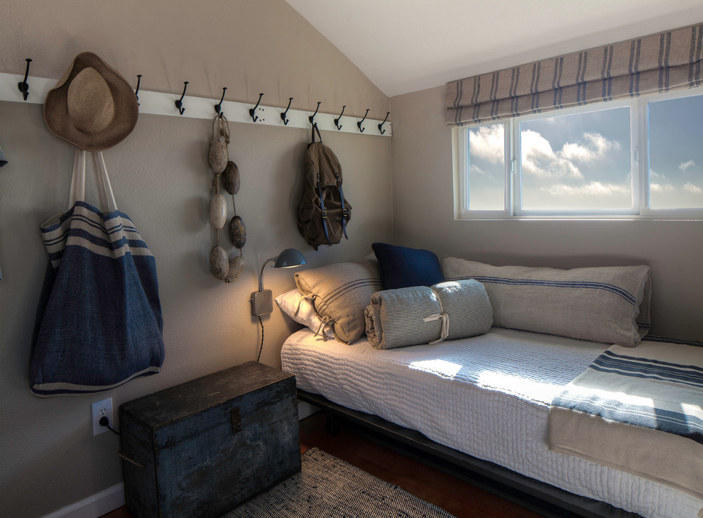 beach style nautical bedroom