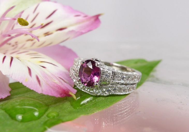 custom engagement ring design