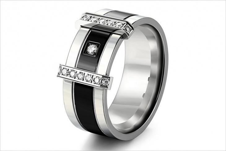 mens custom ring model