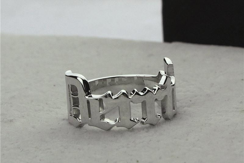 unqiue custom ring design