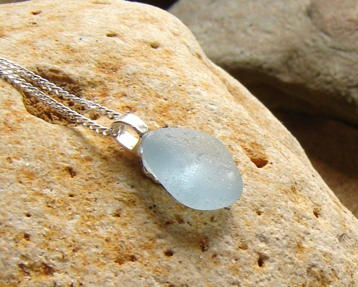 sea glass pendant design