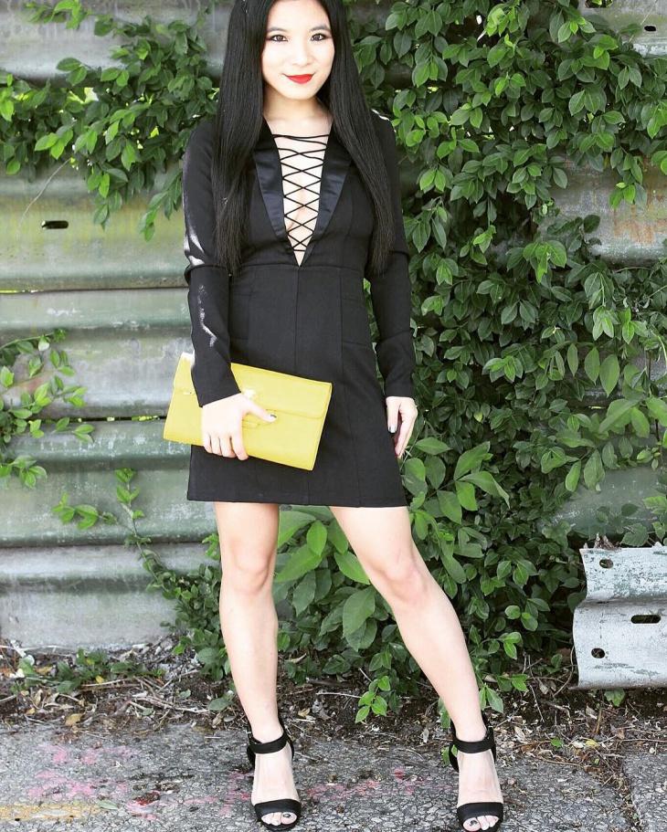 stylish plunge outfit idea