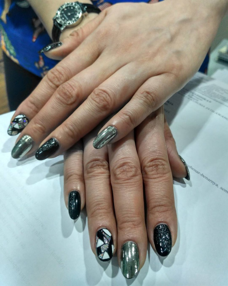 3d black silver nail design