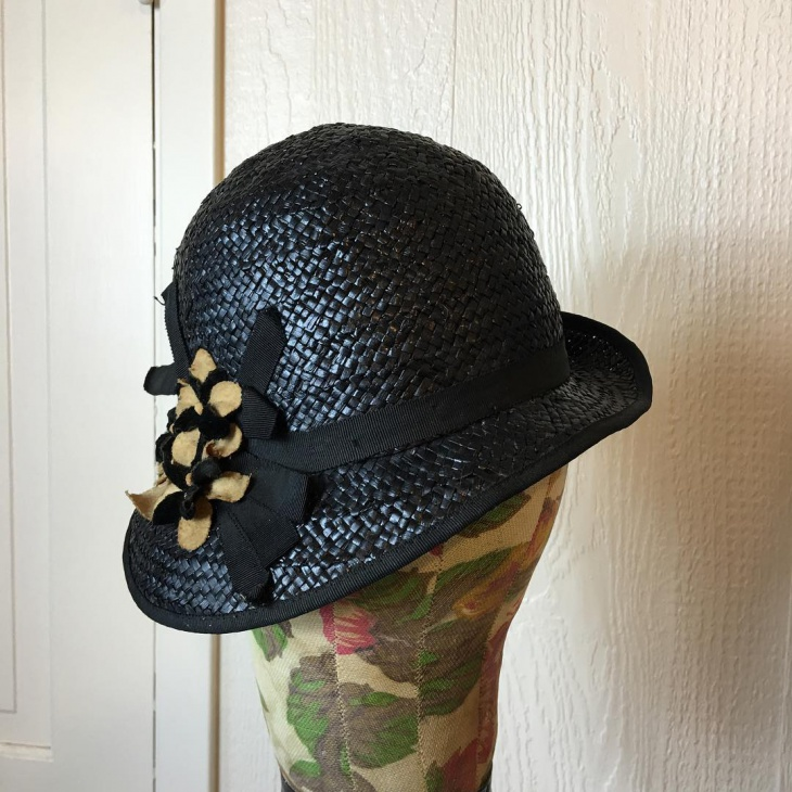 Retro Style Flapper Hat