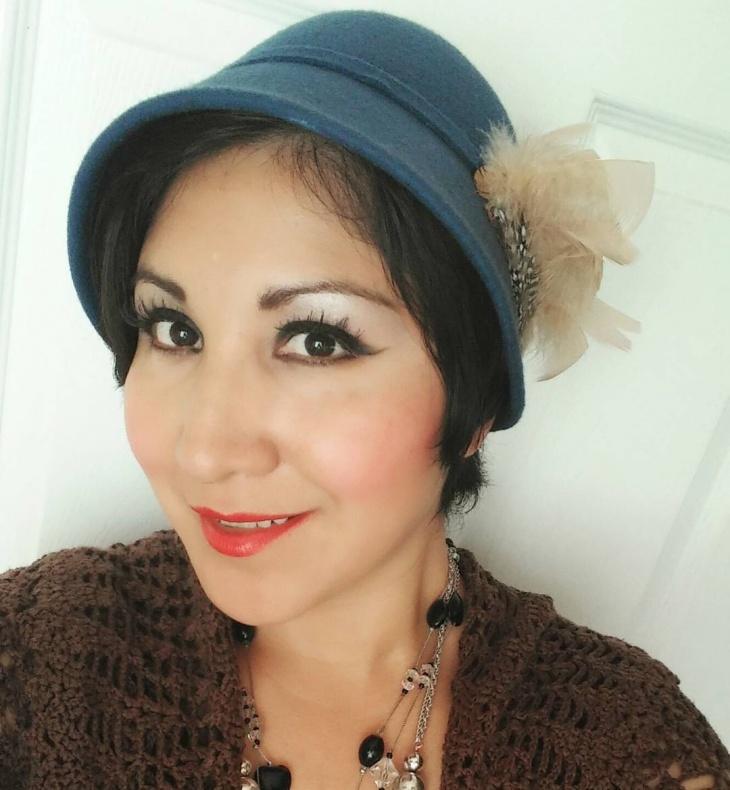 cute flapper hat design