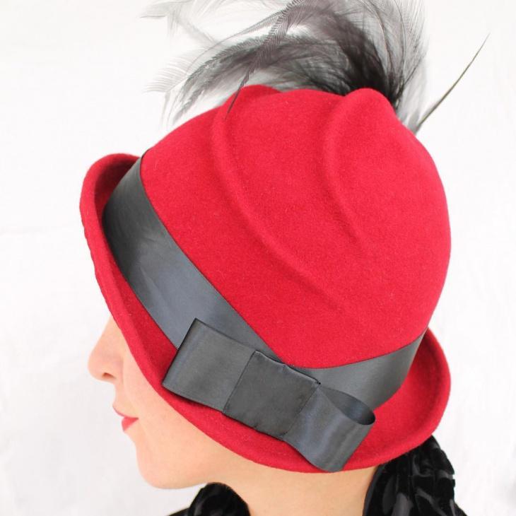 red flapper hat design