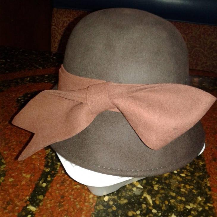 classy flapper hat idea