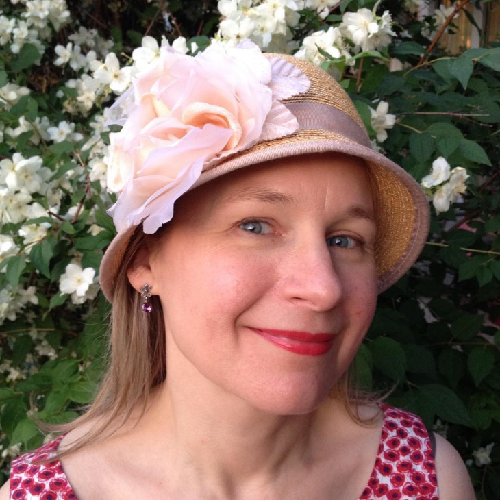 pretty flapper hat design