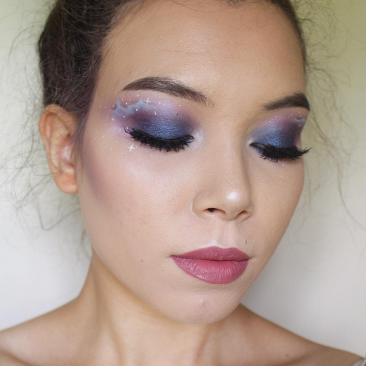 galaxy stars eye makeup