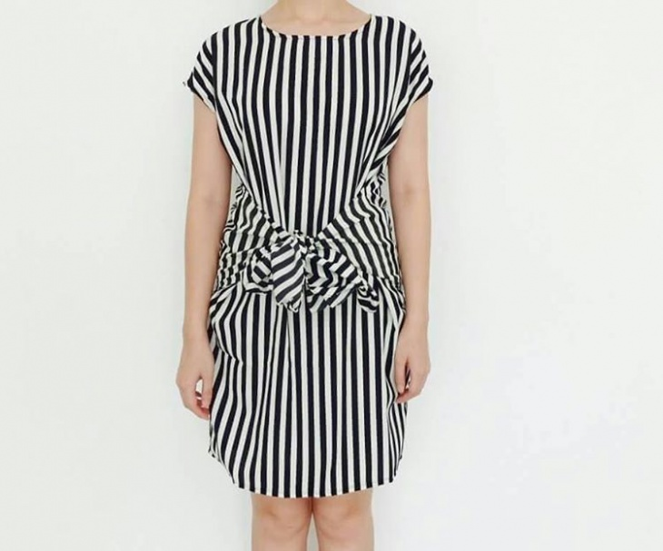black and white tie front dress