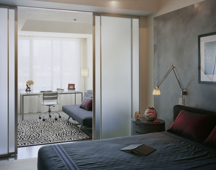 small master bedroom with office