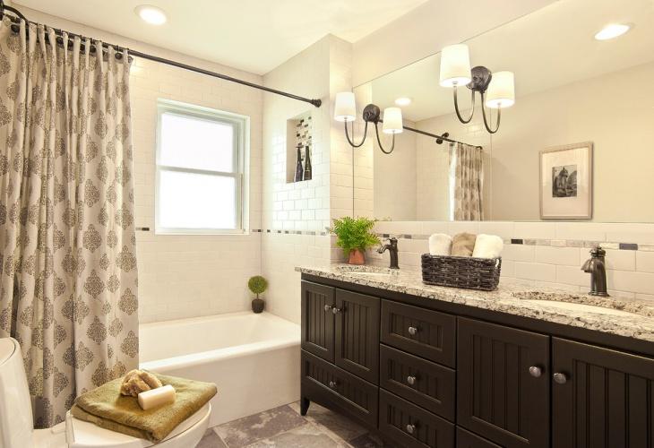Guest Bathroom Decorative Idea