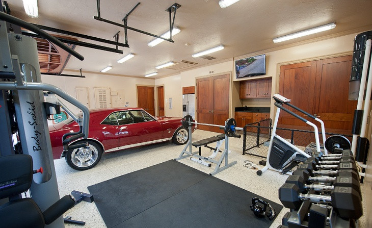 Lavish Garage Gym Idea