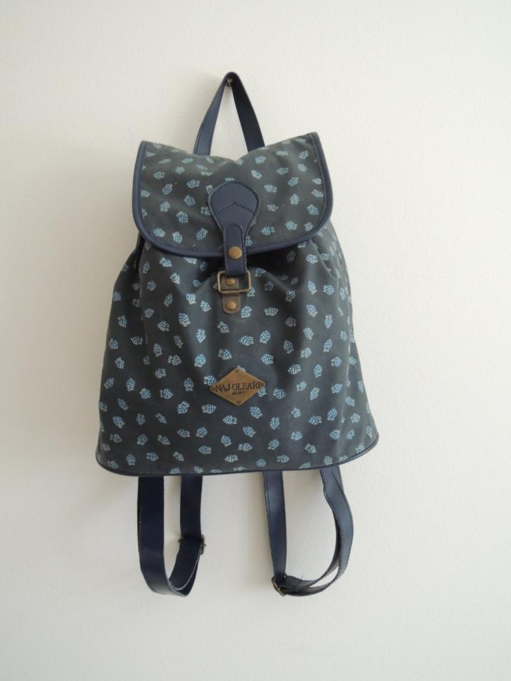 vintage blue backpack design