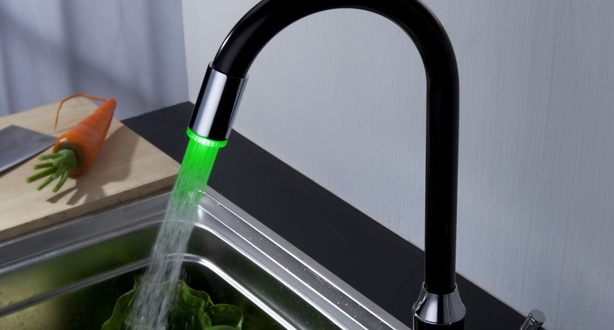 led bar faucet