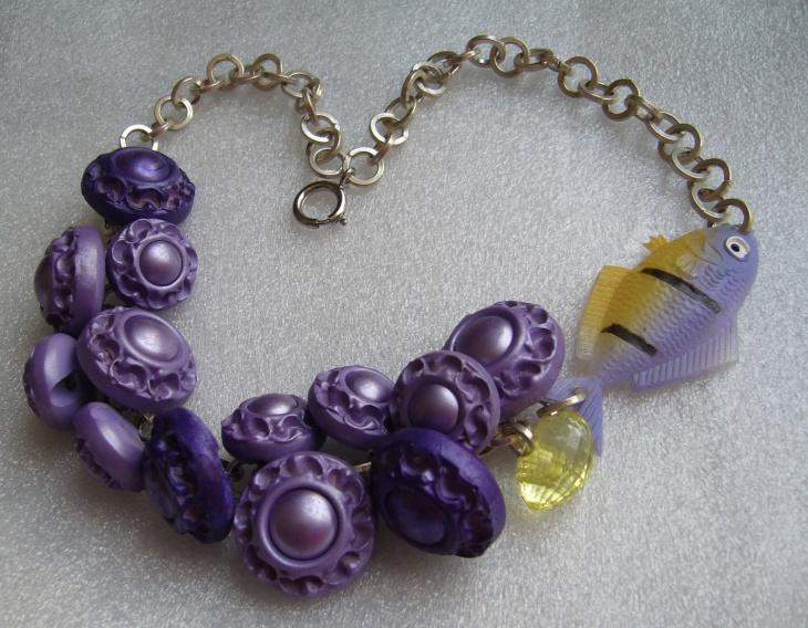 plastic button necklace