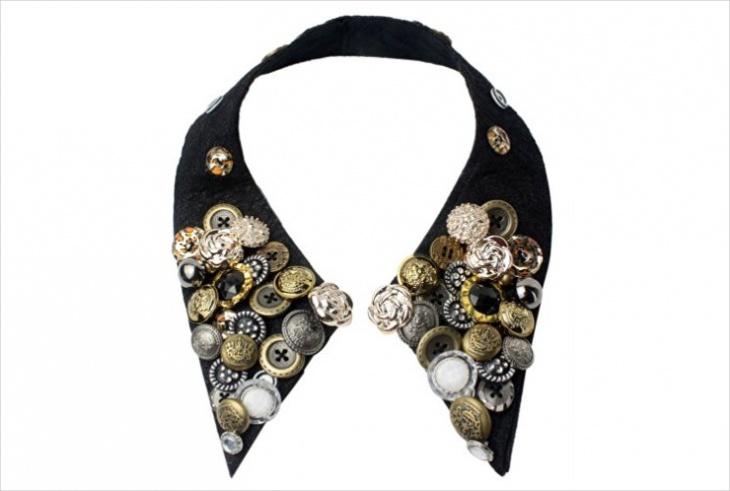 button collar necklace