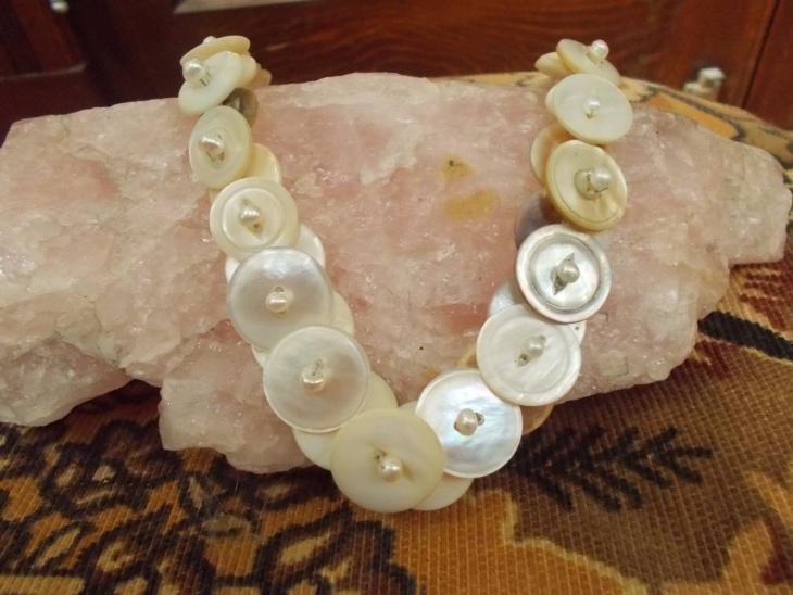 handmade button necklace