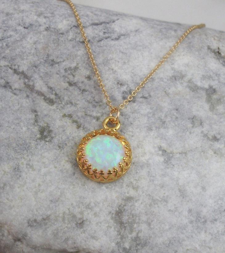 beautiful opal pendant idea