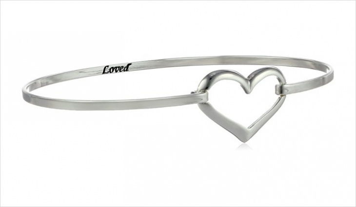 Heart Bangle Bracelet Idea