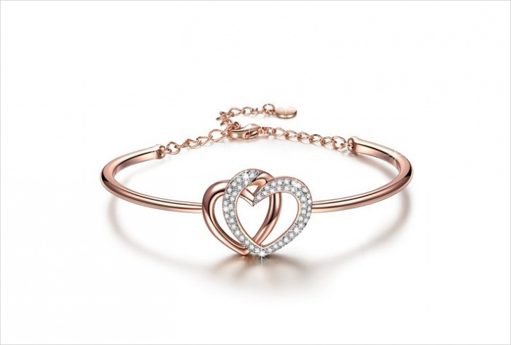 Cute Double Heart Bracelet Idea