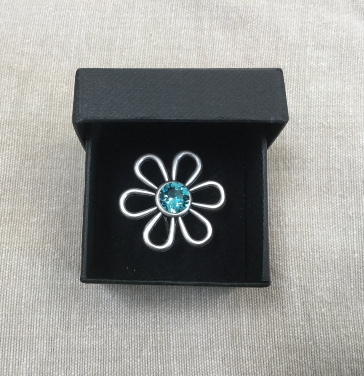 daisy crystal ring