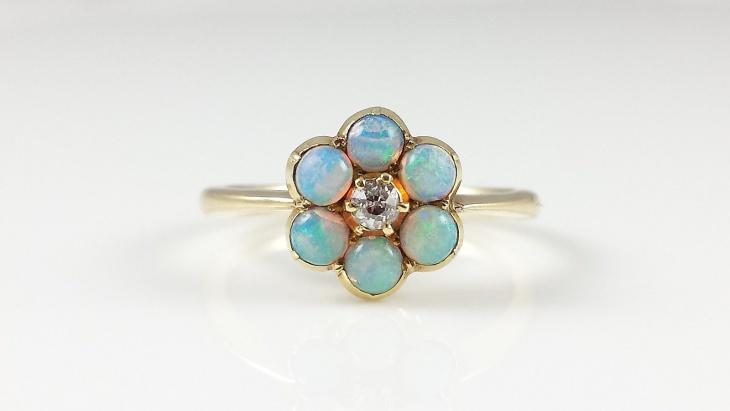 Victorian Daisy Ring