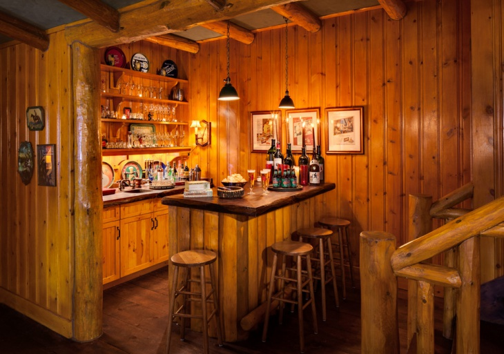 Small Rustic Home Bar