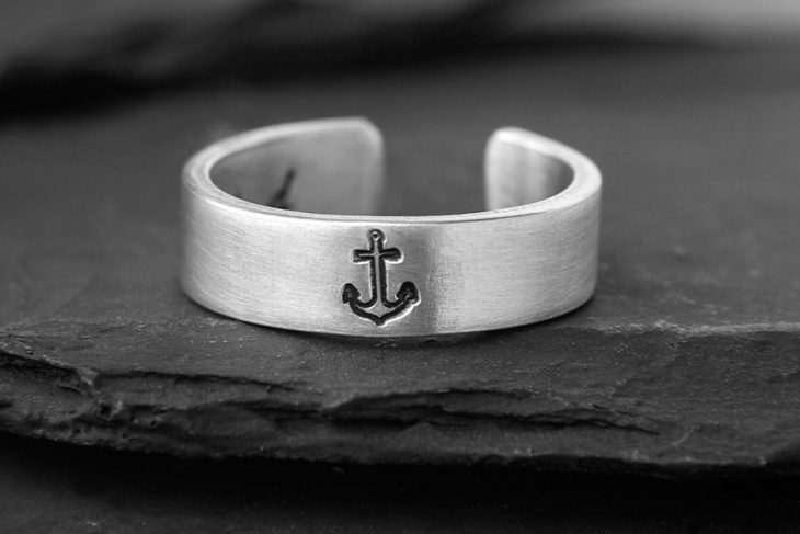 Personalized Anchor Ring Design