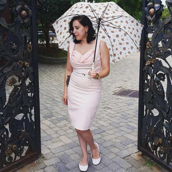 cute pink wiggle dress